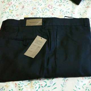 Brand New Pants. Brentwood size 38. Slim Fit
