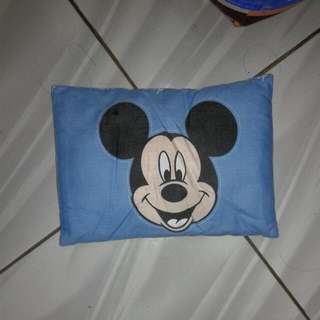 Bantal Bayi Mickey Mouse Biru