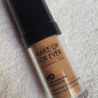 FREE SF. Authentic Make Up Forever HD Foundation