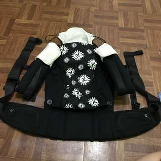 picolo baby carrier