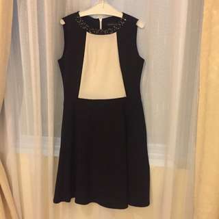 Dress Terusan Hitam Putih The Executive L