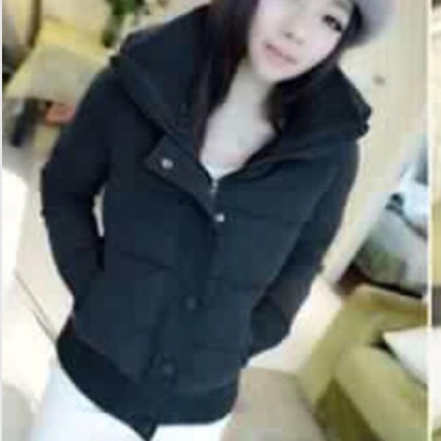 徵收 黑色棉襖外套(如圖)