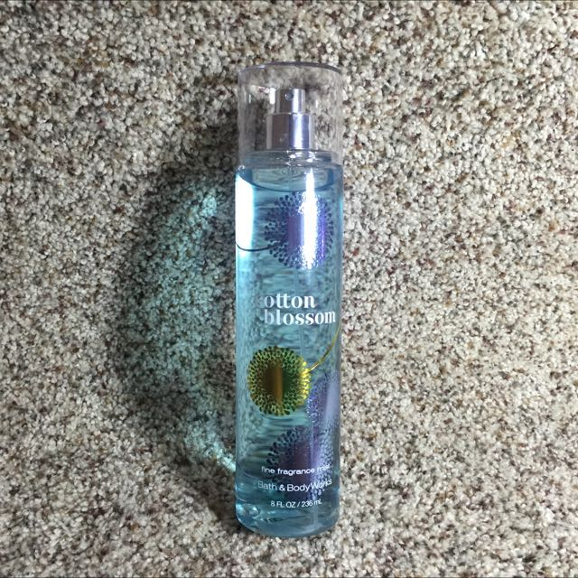 Bath & Body Cotton Blossom Scent