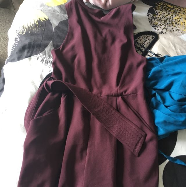 Cameo Jumpsuit Size 6 - Red Wine
