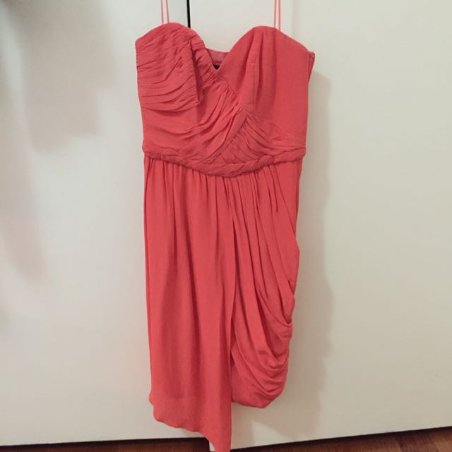 FREE ✈️ Cocktail Dress Peach Size 6-8 (XS)