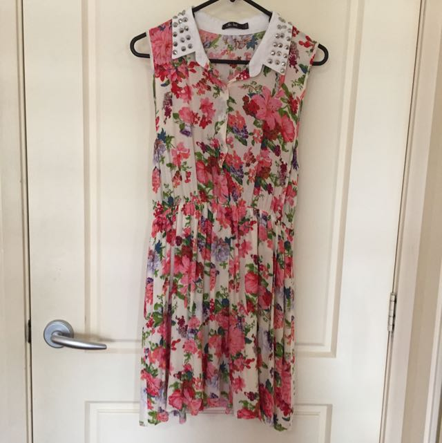 Floral Summer Dress With Studded Collar