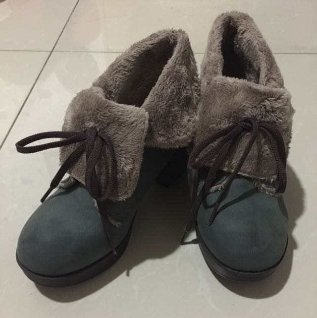 Furr Boots