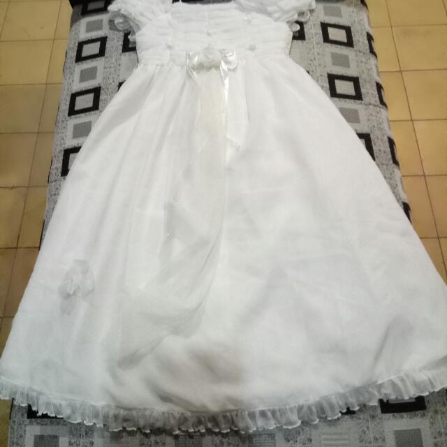 Gaun Anak2 Untuk Pesta, Warna Putih, Bahan Tebal.