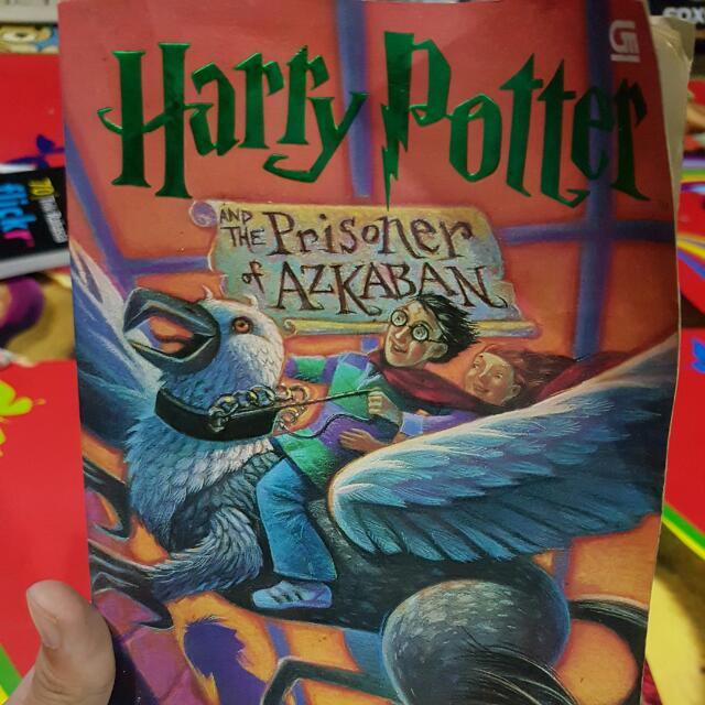 Harry Potter And The Prizoner Of Azkaban (SOFT COVER)