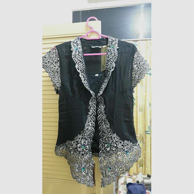 Kebaya Bordir Silver (2 pieces )