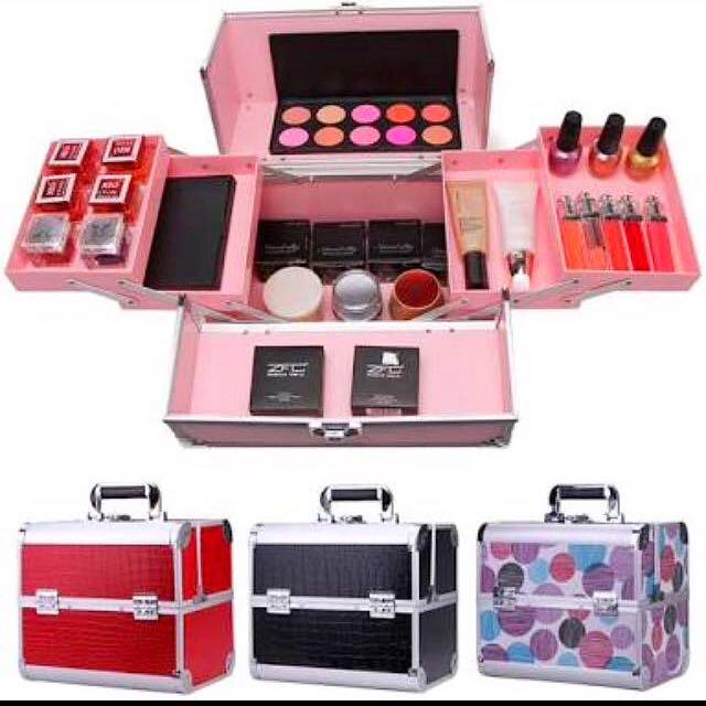 Makeup Box! 1299 💜