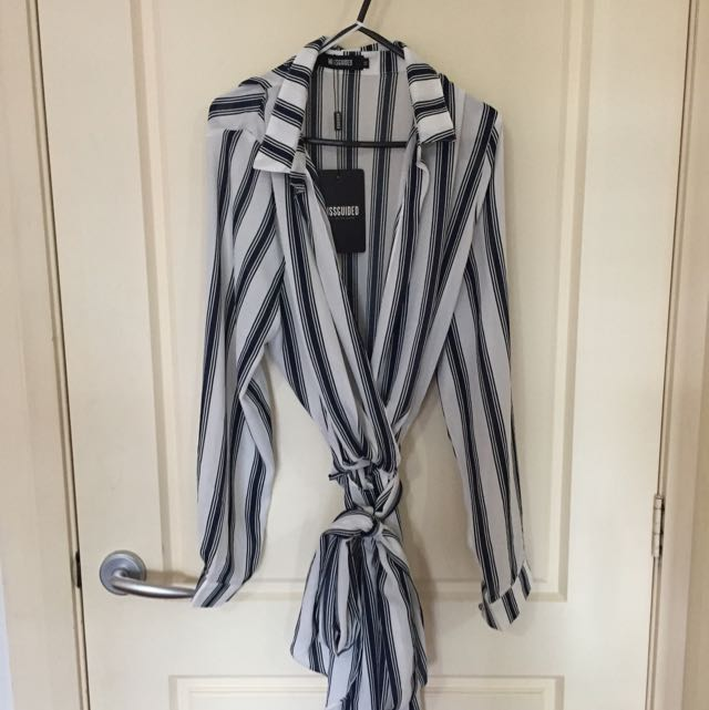 Missguided Deep Plunge Navy/White Striped Dress