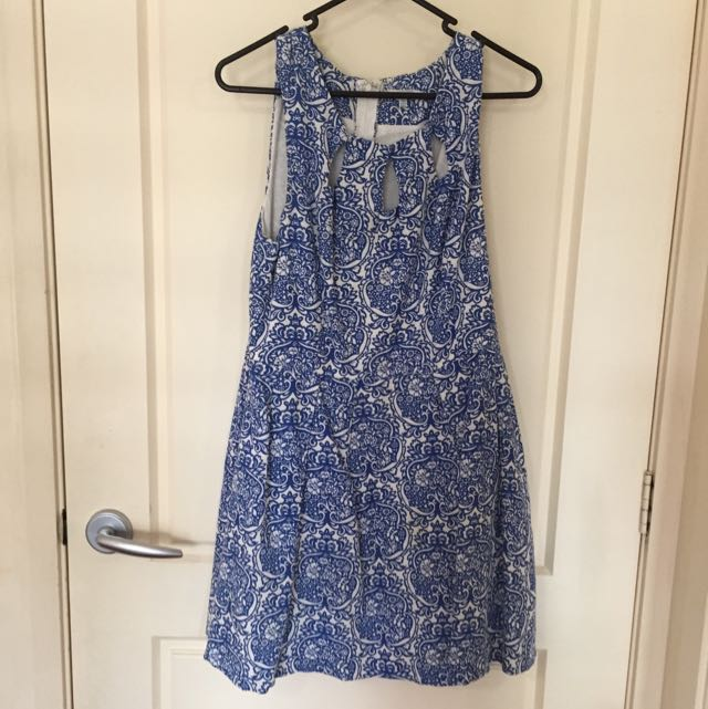 Paisley Peplum Style Dress With 3 Keyholes And Pockets