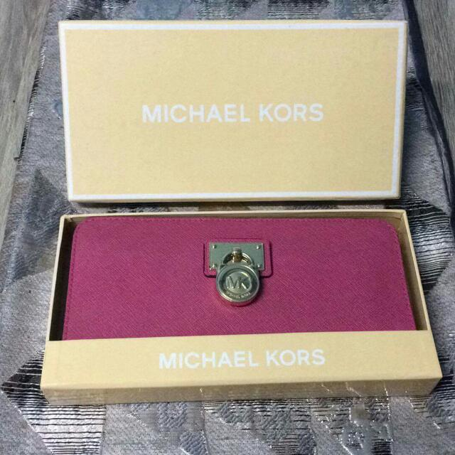 Pre-loved Authentic MICHAEL KORS WALLET Repriced 2500