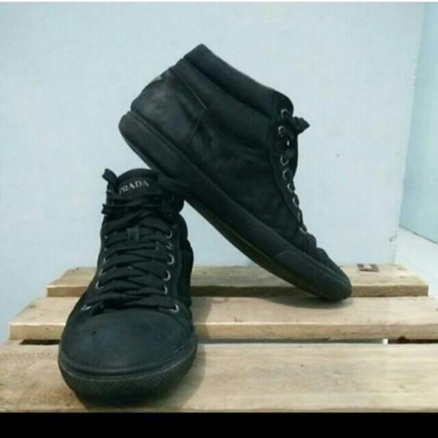 Sepatu Prada Black Made In Italy bb5219b0b9