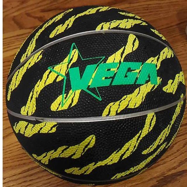 正版斯伯丁台灣製Spalding vega籃球