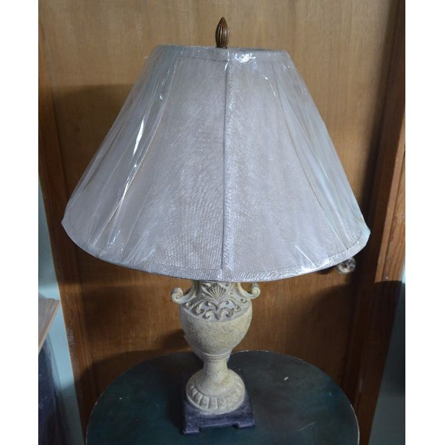 Vintage Greek/Roman Looking Lamp