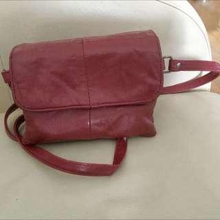 Reduced~ Small Faux Leather Crossbody Handbag
