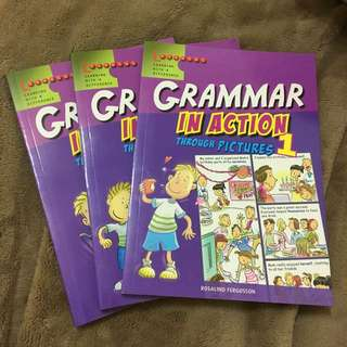看漫畫學英文 (文法)購於新加坡
