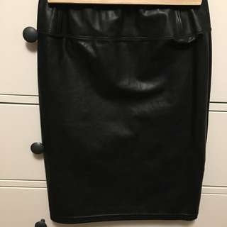 Wilfred Free Vegan Leather Skirt