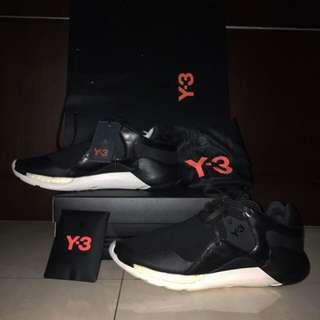y3 Y-3 Yohji Yamamoto QR RUN sz 44 ORIGINAL