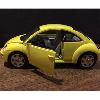 VINTAGE TOYS 1990s Bburago Volkswagen New Beetle 1998 1:18 Vw Bug 3302 Yellow