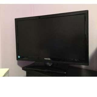 "Toshiba REGZA C100 26C100U 26"" 720p LCD TV - 16:9 - HDTV"