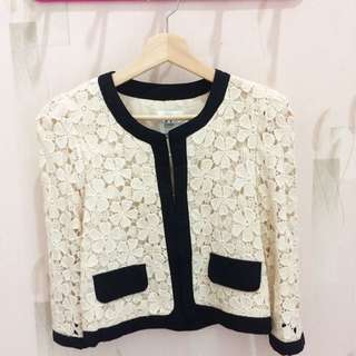 Lace flower outer