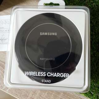Samsung Wireless Fast Charge Stand Type