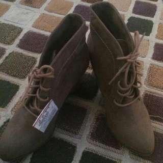 Sepatu Booth Pull & Bear