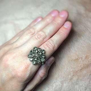 Dark Silver & Grey Jewelled Ring