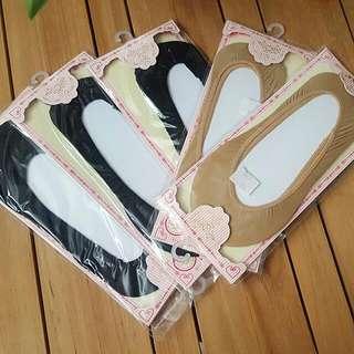 Bulk of socks for women's shoes
