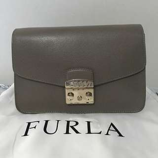 Furla Metropolis Shoulder Chain Bag - Sabbia