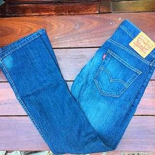 Levi's Straight Cut Jeans