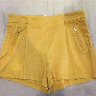 Caramel Shorts