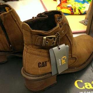 🚚 CAT 女性休閒靴
