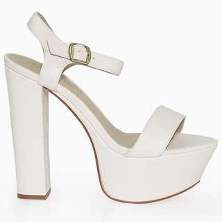 Lipstik Platform Heels