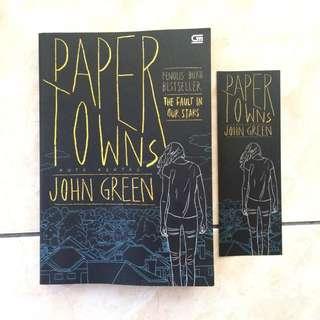 """(Novel) """"Paper Towns"""""""