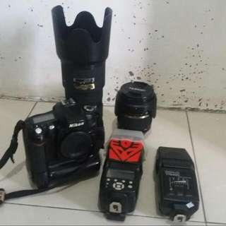 Nikon D90 + BG