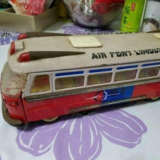 鐵皮舊機場巴士(極罕)