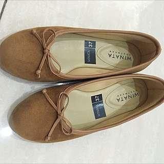sepatu..size 37