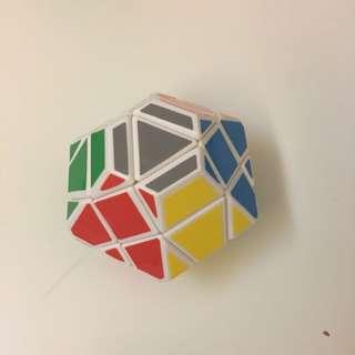 異形魔方 扭計骰 Cube