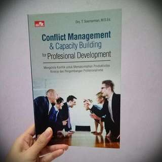 Buku Conflict Management & Capacity Building