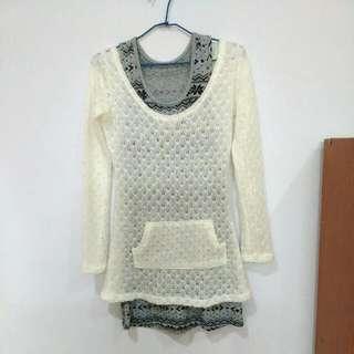 (九成新)兩件式圖紋鏤空洋裝