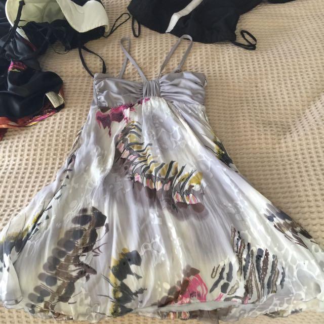 5x Dresses