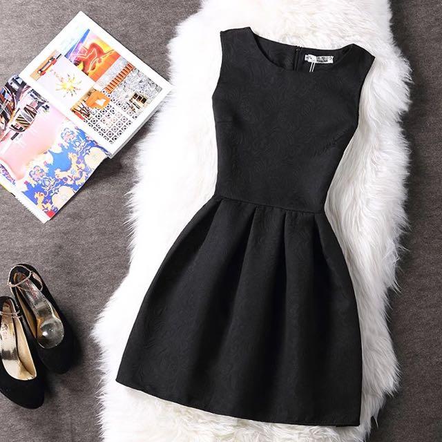 🆕小香風黑色A字裙👗腰身顯瘦💒百搭婚禮必備