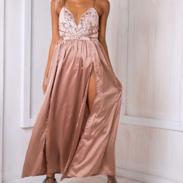Beautiful Beige/rose Gold Dress