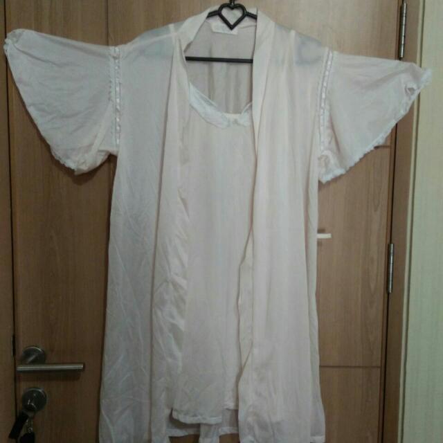 Dress Dan Jubah Tidur