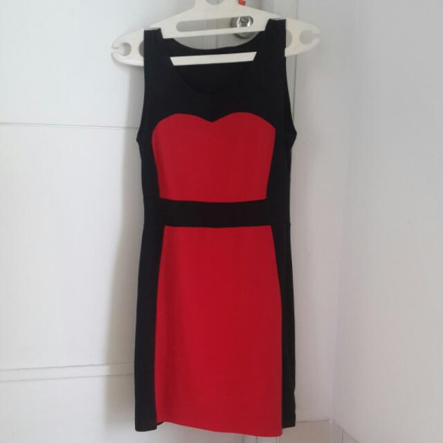 DRESS PESTA HITAM MERAH