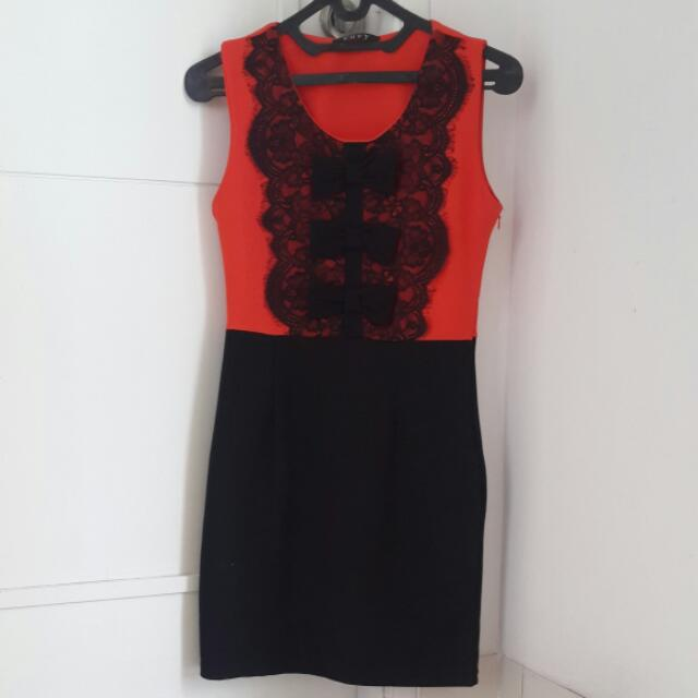 DRESS PESTA ENVY. ORANGE HITAM.